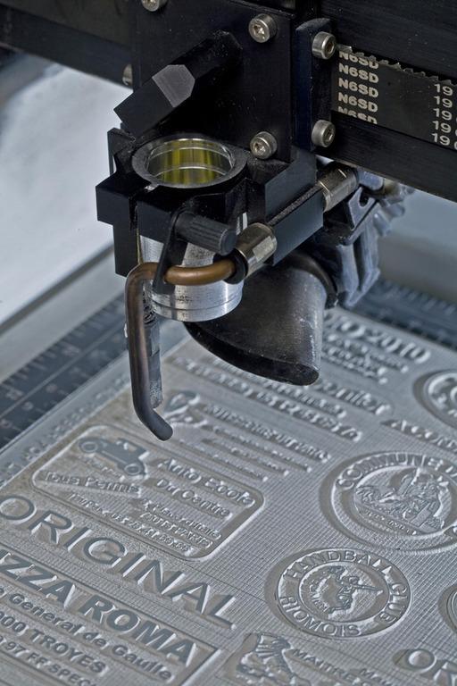 Новым лазерный гоавер для изготовления штампа заметишь, как